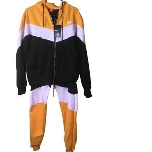 "Nike ""NWT"" 2 piece Unisex Sweatsuit Sets,"